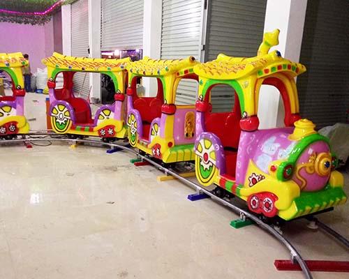 детский паровозик для торгового центра