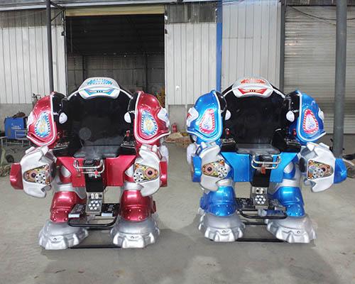 аттракцион робот трансформер