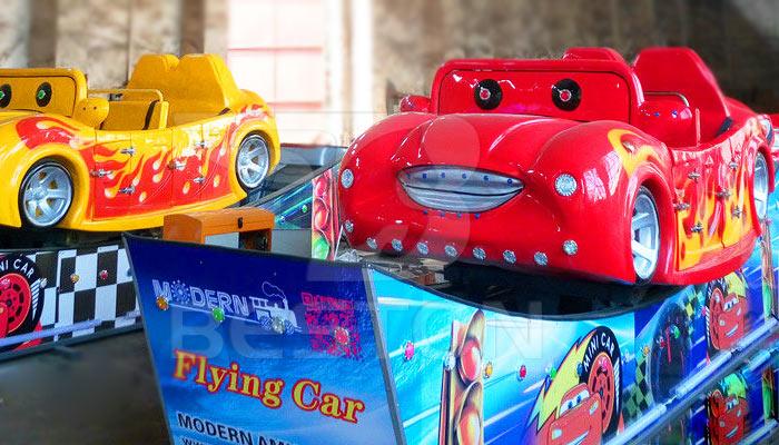 Летающий автомобиль аттракцион